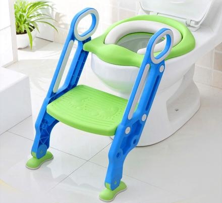 This All-In-One Toddler Toilet Trainer Has a Built-In Step Ladder