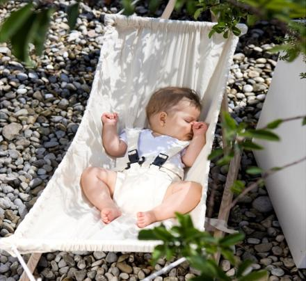 Your Baby Needs This Tiny Outdoor Hammock This Summer