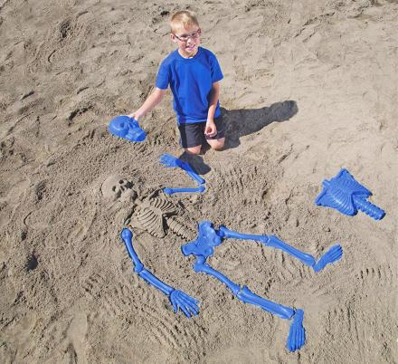 Bag O' Bones Beach Skeleton Lets You Create a Human Skeleton In The Sand