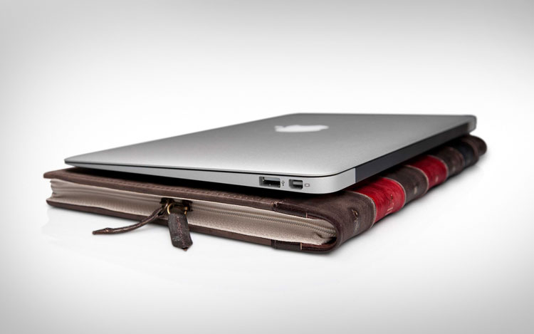 BookBook: Macbook Vintage Book Cover Case