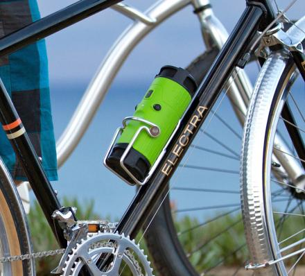 BoomBottle Is a Bottle Shaped Bluetooth Speaker For Bicylists