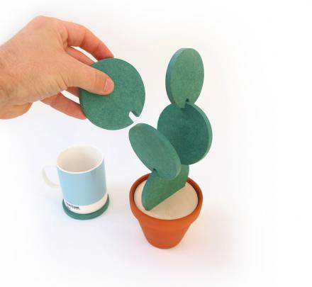 Cacti Coasters: A Coaster Set That Makes a Cactus When Not In Use