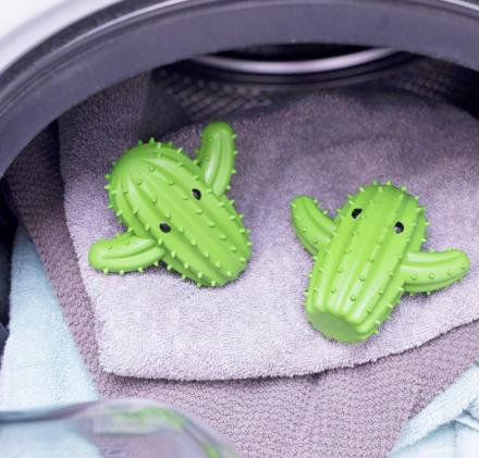 Cactus Shaped Dryer Balls Clothing Aerators (set of 2)