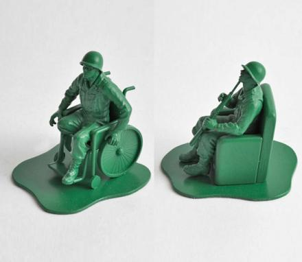 Casualties Of War: Realistic (Yet Depressing) Little Green Army Men Figures