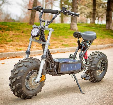 Daymak Beast A Solar Powered Mini Bike