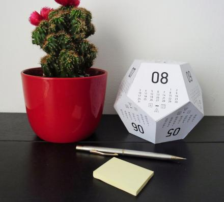 DiceCal: 3D Gaming Dice Shaped Paper Calendar (2017)