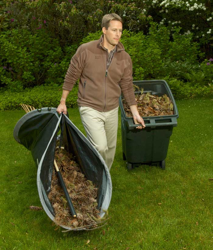 Easy Leaf Bag Loader 2