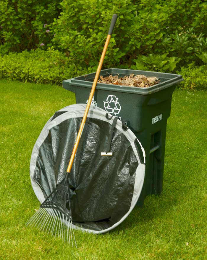 Easy Leaf Bag Loader 3