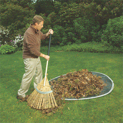 Easy Leaf Bag Loader 6