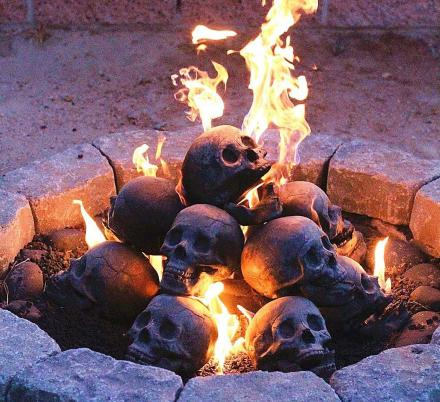 You Can Now Get Fireproof Human Skulls For Your Fire-pit, and They're Pretty Creepy
