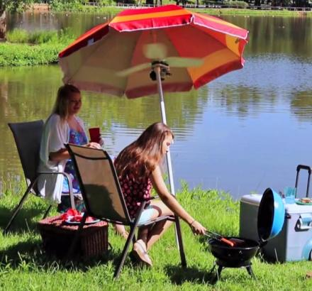 The Fanbrella Umbrella Fan Gives You Wind and Shade