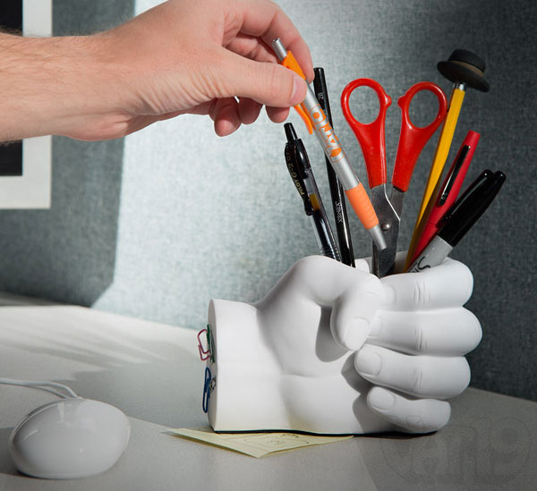 Fist Pen Holder With Paper Clip Magnet