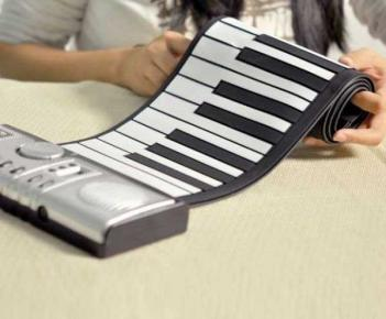 Flexible Rollup Piano Keyboard