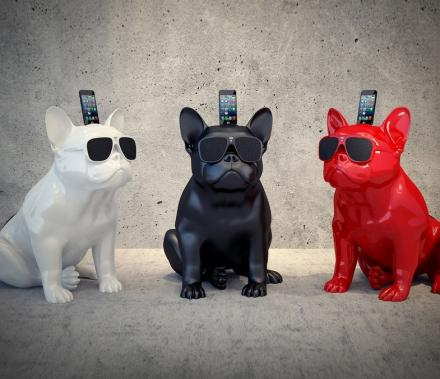 Fabulous French Bulldog iPhone Speaker Dock AN46
