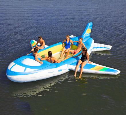 There's Now a Giant 18-Foot Airplane Lake Float So You Can Party On Your Own Private Jet
