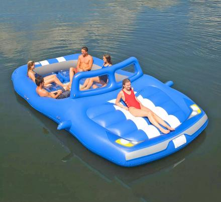 This Giant Convertible Car Lake Float Is The Ultimate Spot For Relaxing On The Water