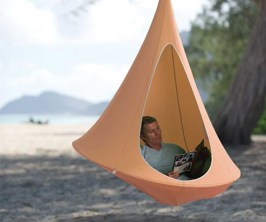 The Hanging Cocoon is a suspended hammock that gives you the privacy to  read, meditate, or have some 'me' time without being stared at by  neighbors, ... - Hanging Cocoon Private Hammock