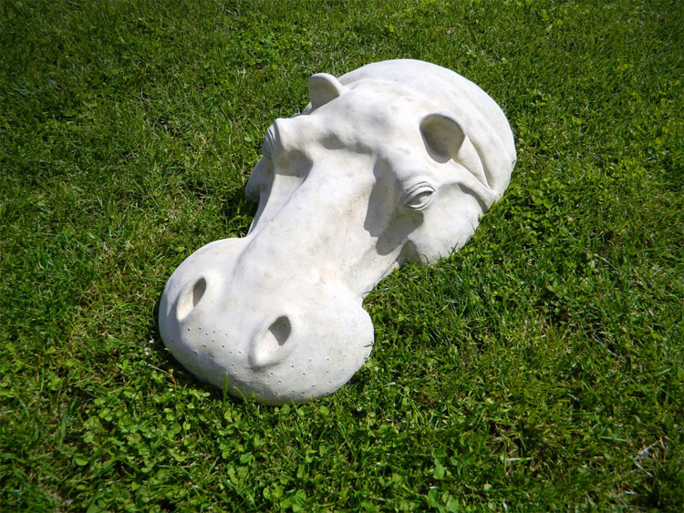 Hippo Lawn Sculpture