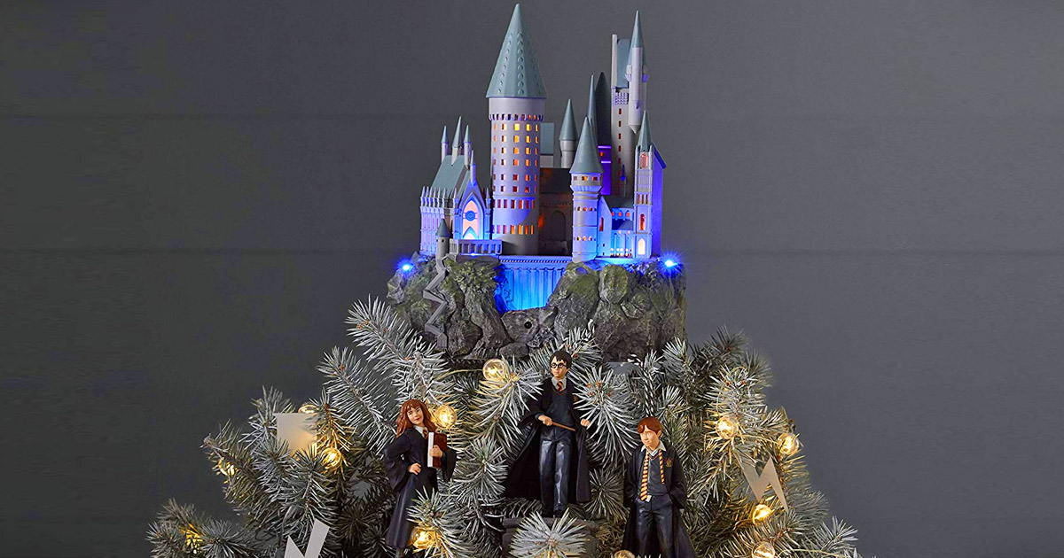Hogwarts Christmas Tree Topper Is Perfect For Harry Potter Fans
