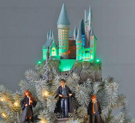 Christmas Tree Topper.Hogwarts Christmas Tree Topper Is Perfect For Harry Potter Fans
