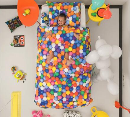 This Duvet Makes It Look Like Your Kid's Inside a Ball Pit