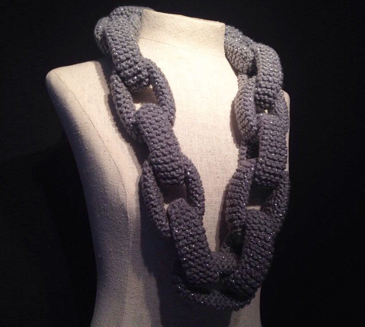 Knitting Pattern For Chain Link Scarf : Knitted Chain Link Scarf