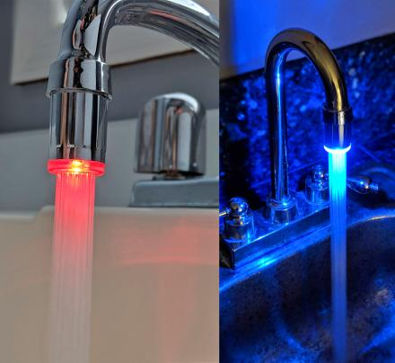 LED Faucet Nozzle Changes Color With Water Temperature