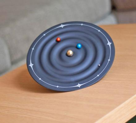 Magnetic Solar System Clock Uses Rotating Planets To Tell Time