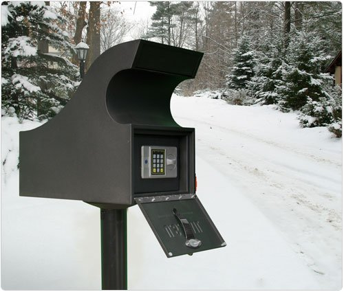 Mailbox Security Vault 1