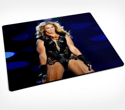 Mouse Pad Of Beyonce's Ugly Super Bowl Picture