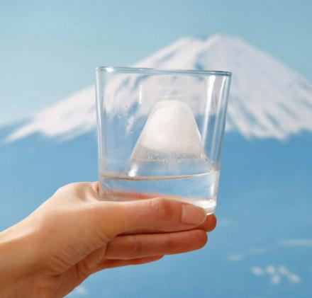 Mount Fuji Replica Ice Cube Maker
