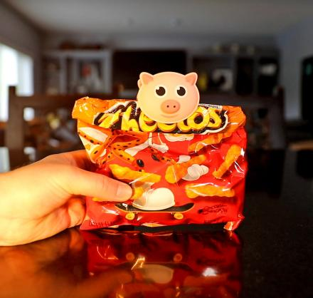 Pig Shaped Bag Clip Oinks When You Open It (Set of 3)