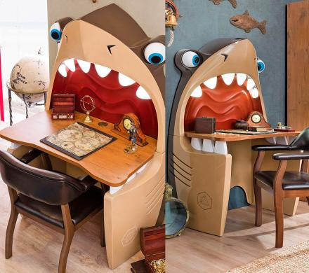 Pirate Shark Kids Desk With Light-up Teeth and Rolling Eye-Balls