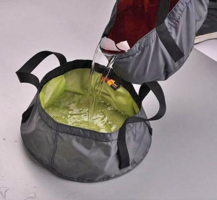 Portable Folding Water Container Made From Fabric