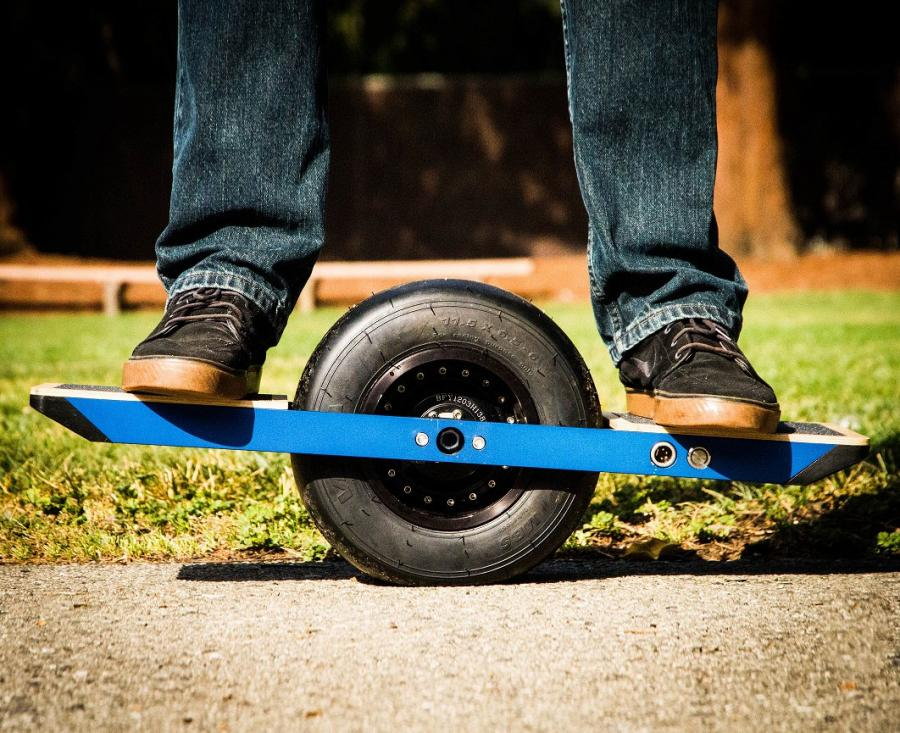 Self Balancing One Wheel Skateboard Enlarge Image