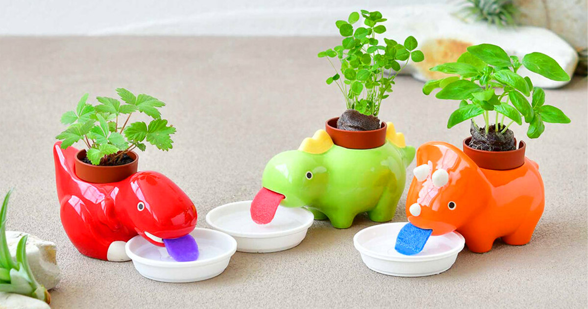 These Self-Watering Dinosaur Planters Slurp Up Their Water As They Need It