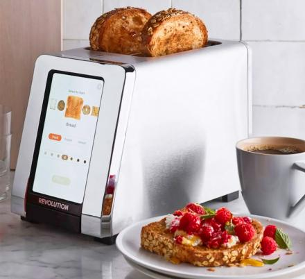 There's Now a Smart Toaster With a Built-In Touchscreen, and It Actually Has a Ton Of Really Cool Features
