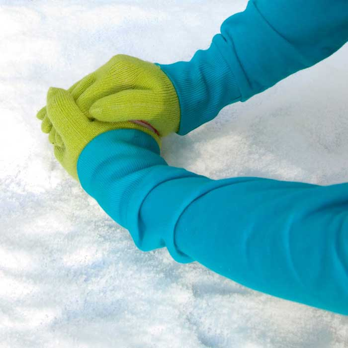 Snowball Making Gloves 2