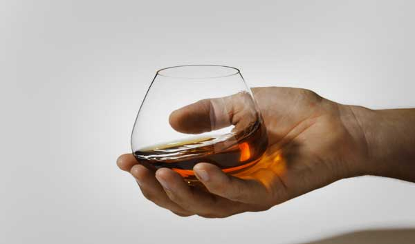 Spinning Top Cognac Glasses 2