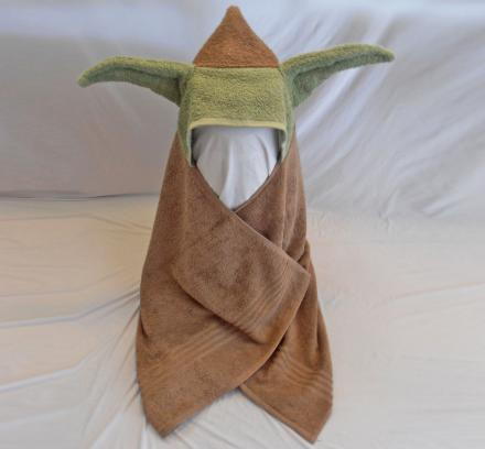 Star Wars Child's Bath Towel With Yoda Ears Hoodie