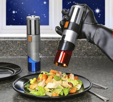 Star Wars Lightsaber Electric Salt and Pepper Set