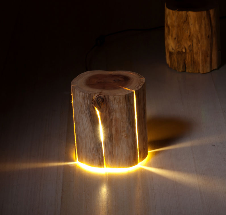 Stump Light A Cracked Log That Was Made Into A Lamp