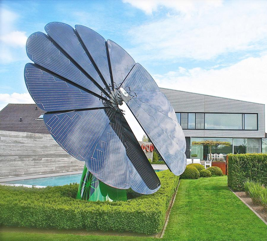 Sun Tracking Smart Flower Shaped Solar Power Solution