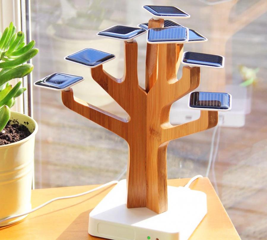 Suntree Solar Powered Tree Charger