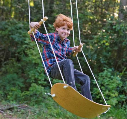 Swurfer: Skateboard Shaped Tree Swing That Lets You Swing In Any Direction