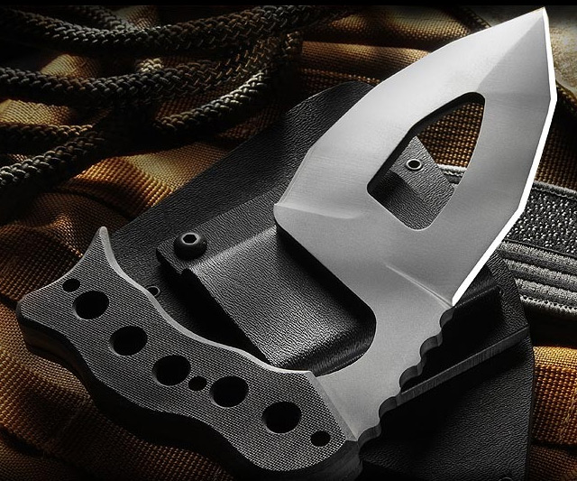 Tactical Manticuda Knife 1