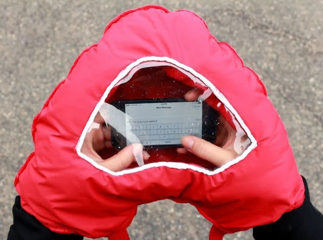 Tahka Gloves With Smartphone Window