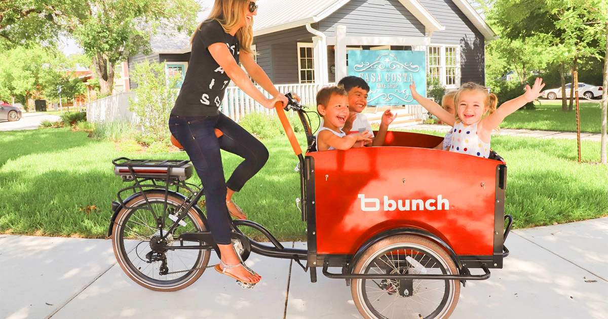 The Bunch Electric Cargo Bike Lets You Haul Up To 4 Children In Front Of The Bicycle