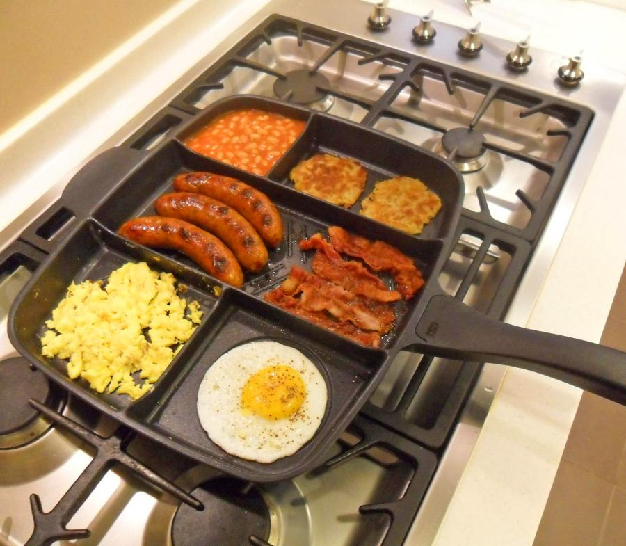 The Master Pan Lets You Cook Your Entire Meal On A Single