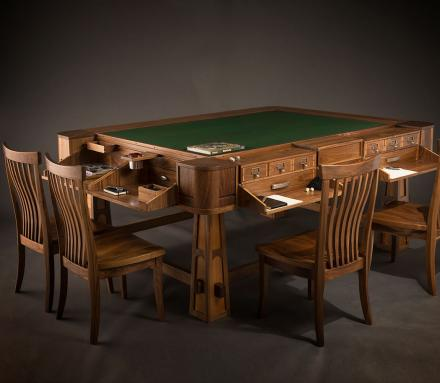 & The Sultan Gaming Table